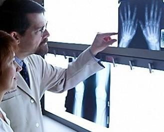 Если болят суставы - идите к ревматологу